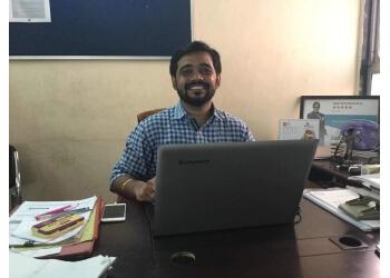 Tapan Khandelwal & Co