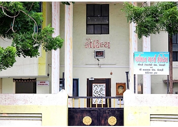 Vardhman Girls Hostel