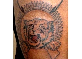 Why Why Y - Tattoo Studio