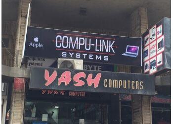 Yash Computer