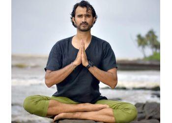 Yogis of East Yoga studio & Therapeutic clinic